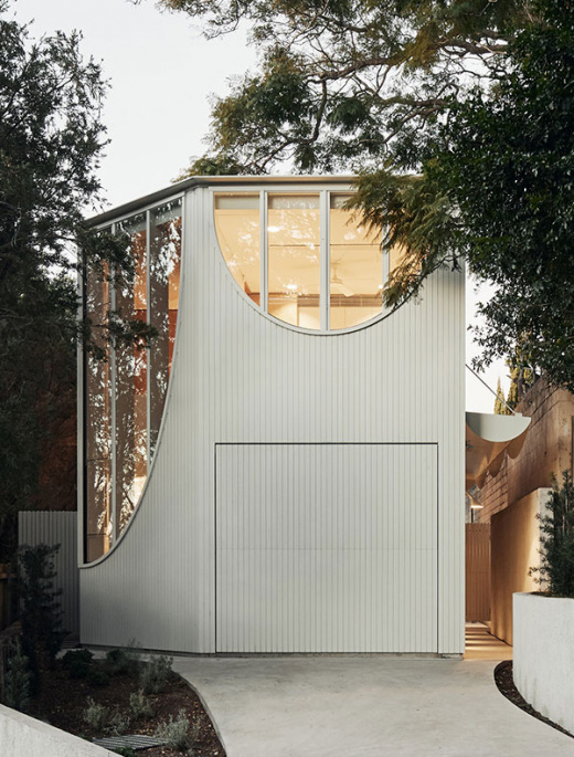 A Compact And Curvy Family Home In Glebe