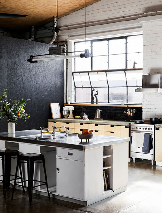 This Amazing Inner-City Warehouse Is A Renter's Dream